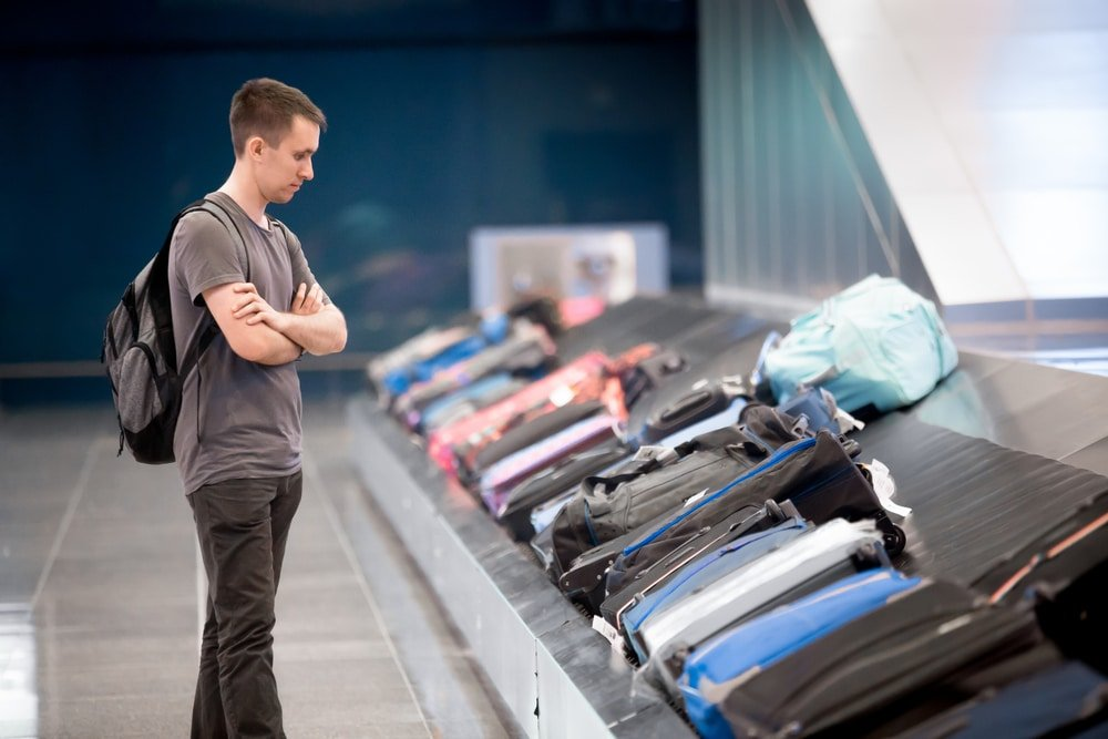 backpack waiting at conveyor belt,Luggage Wrapping